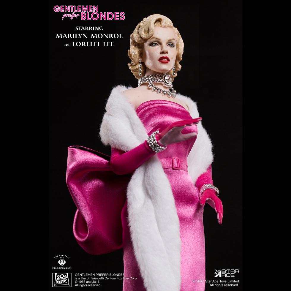 Marilyn Monroe Pink Dress Ver