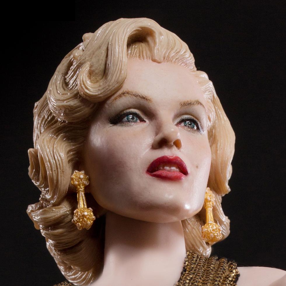 MARILYN MONROE (GOLD DRESS VER)